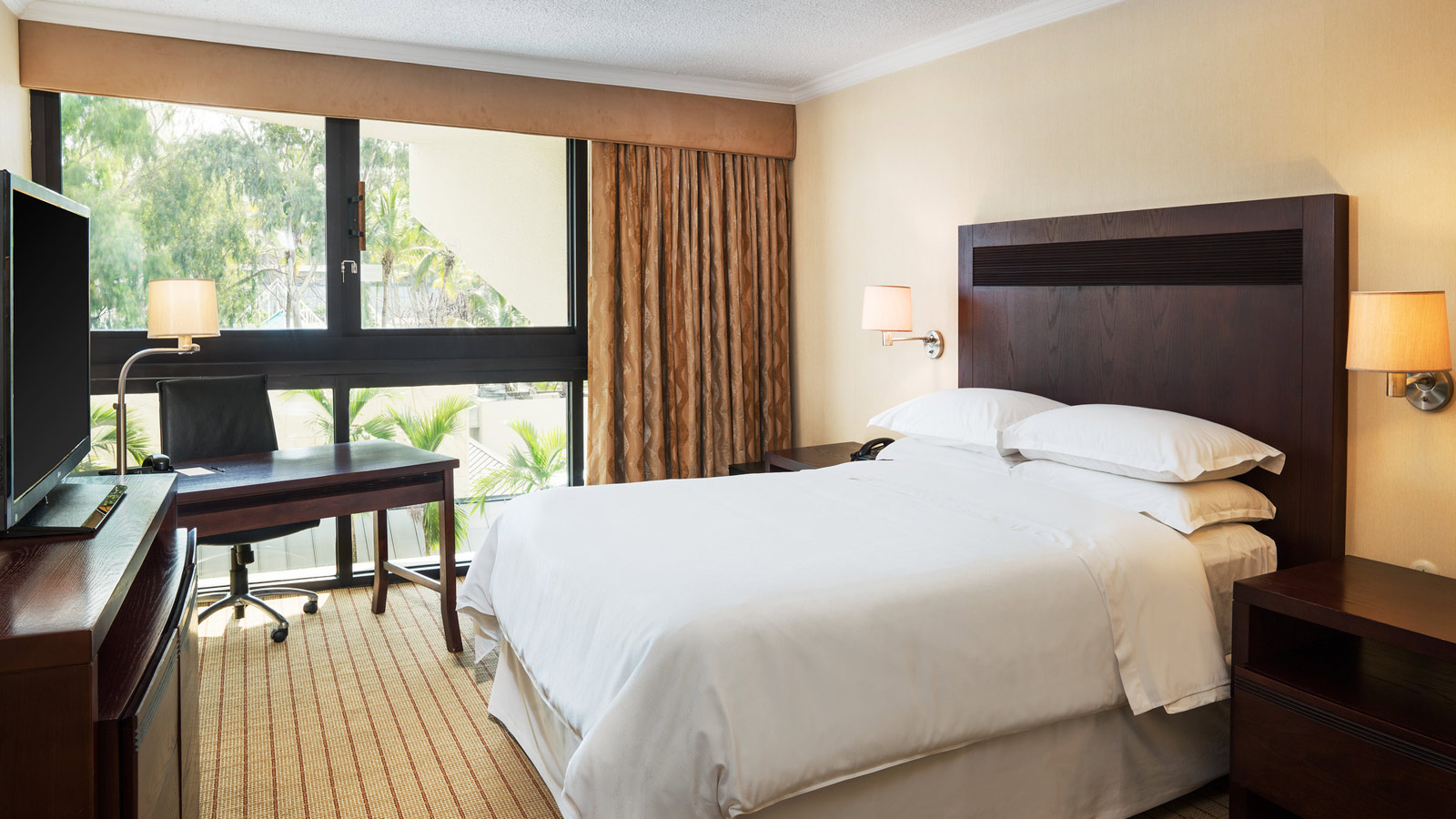Traditional Room - Sheraton Santo Domingo Hotel